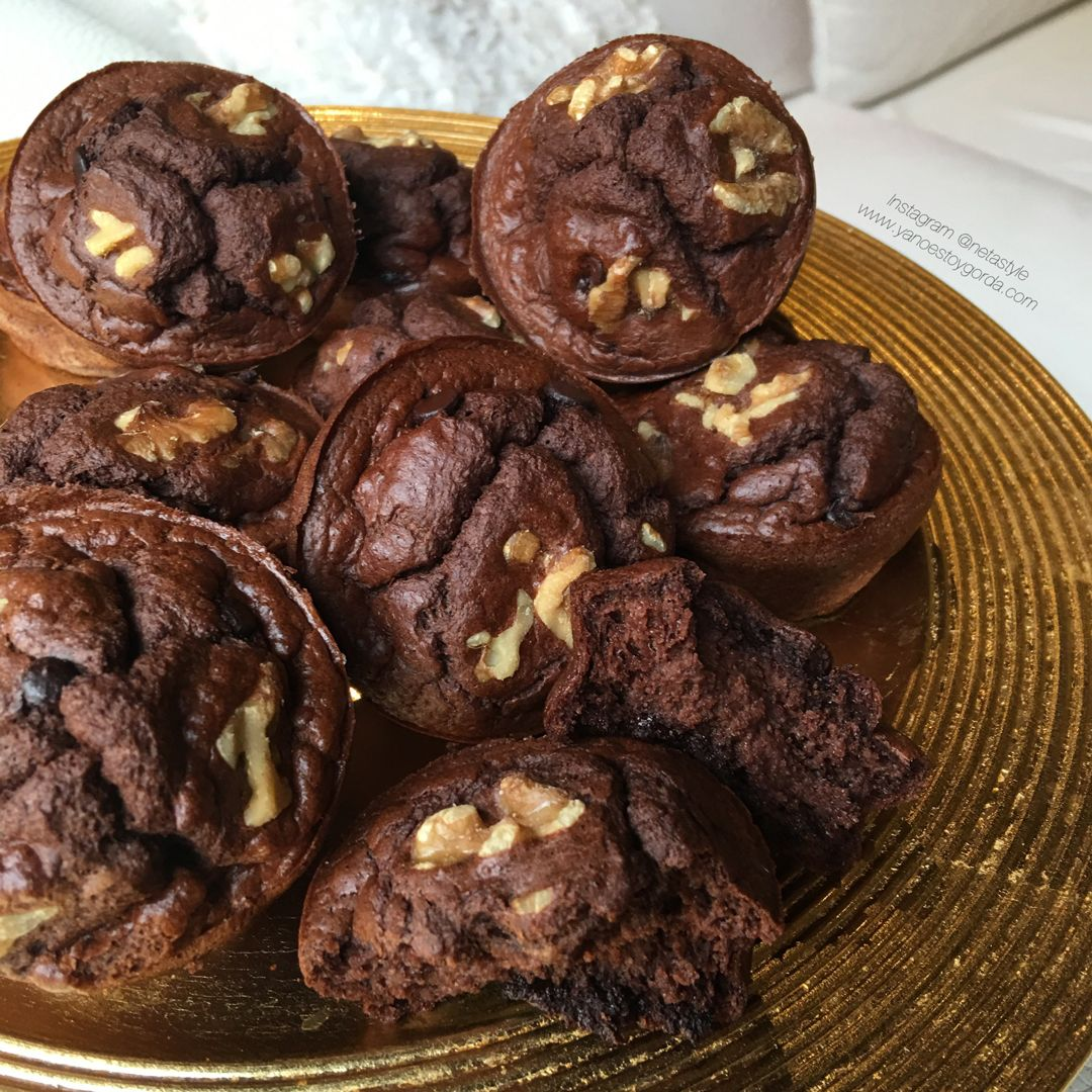"Muffins choco-nueces ""fit"""