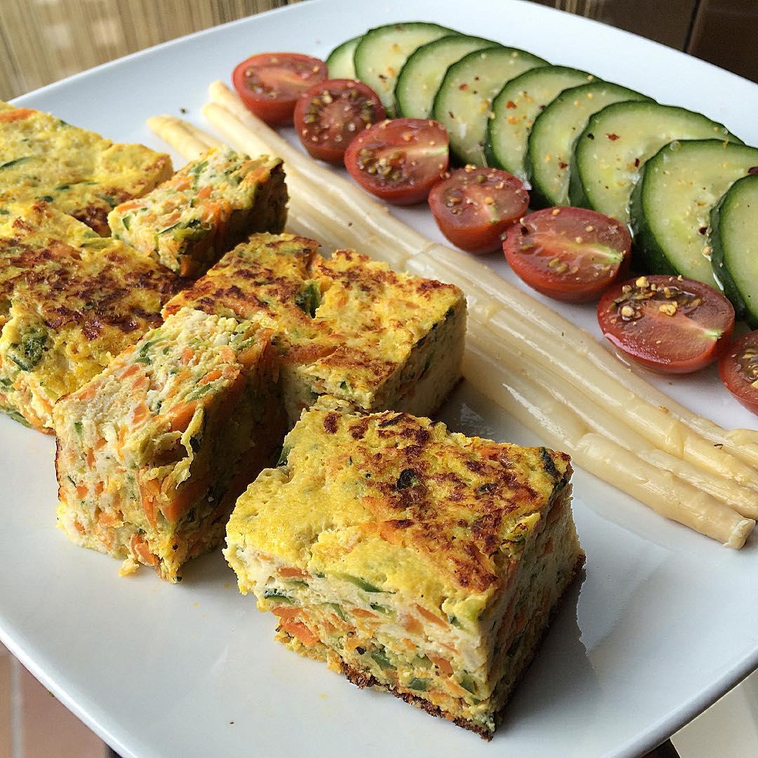 """Tortilla de zanahoria y calabacín """"fit"""""""