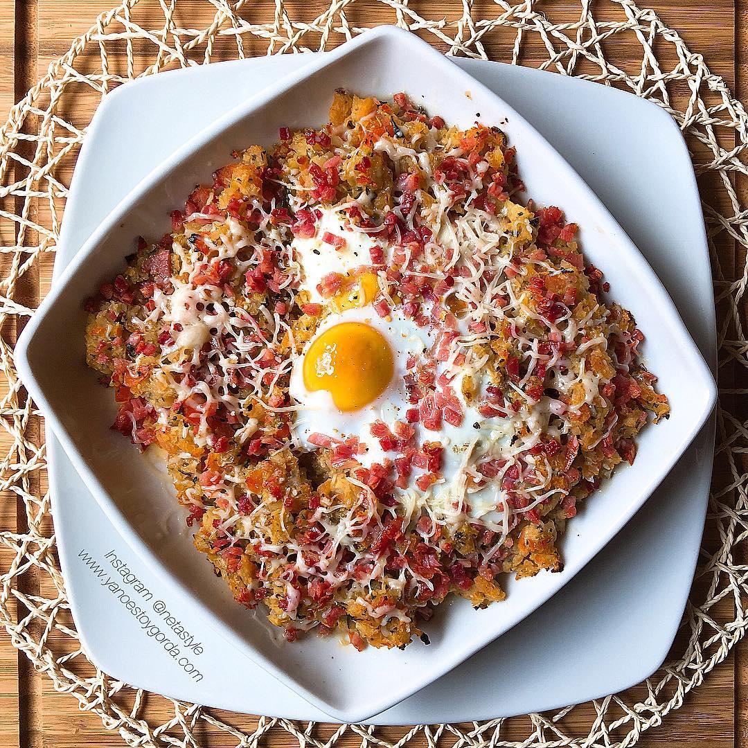 Verduritas con jamón y huevo
