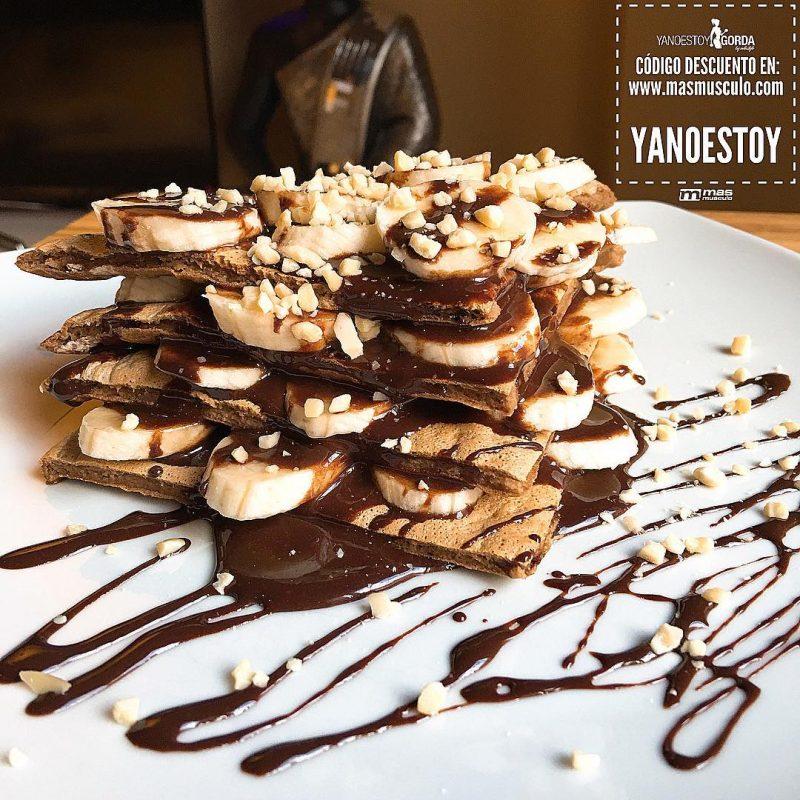 """Maxitortita con nutella, plátano y avellanas """"fit"""""""