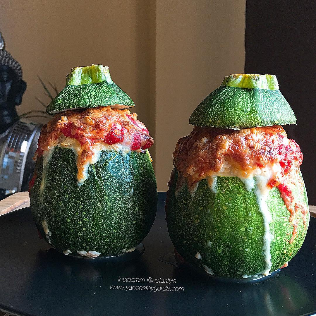 RECETA FITNESS: Calabacines luna rellenos de quinoa y pollo