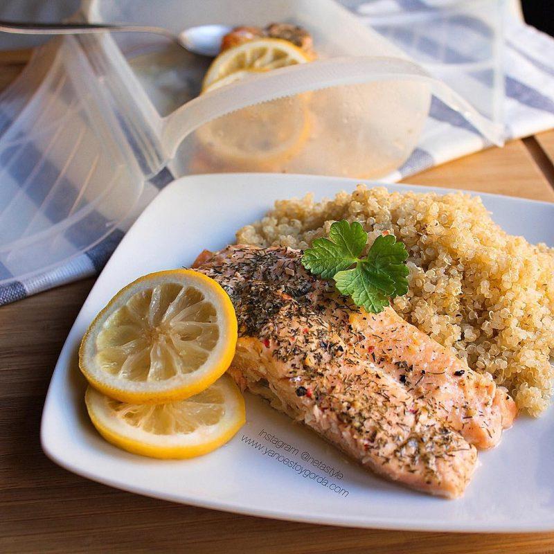Lomos de salmón con eneldo y limón al microondas
