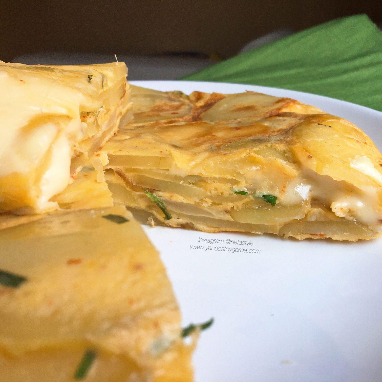 Tortilla de patatas con cebolla y queso en Turbo Cecofry 4D