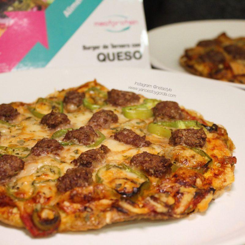 Tortipizza de burger de ternera con queso y pimiento verde