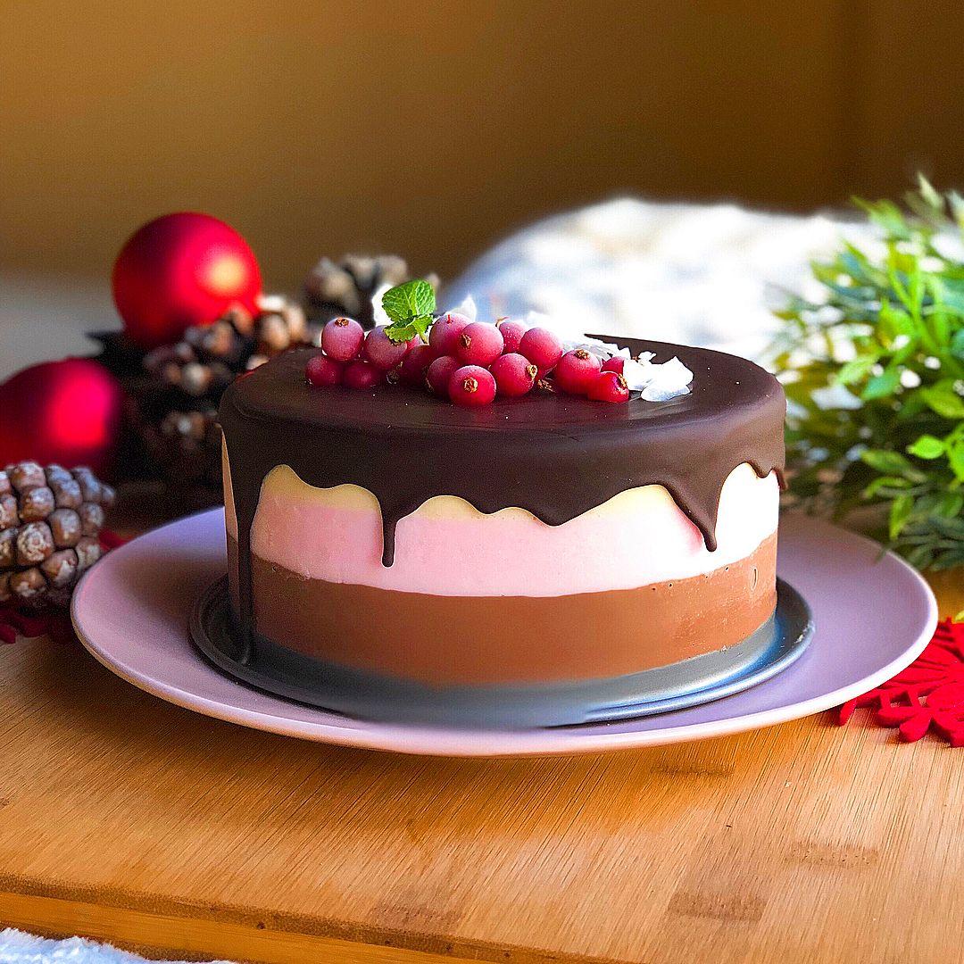 Mousse cheesecake de cacao, frambuesas y vainilla