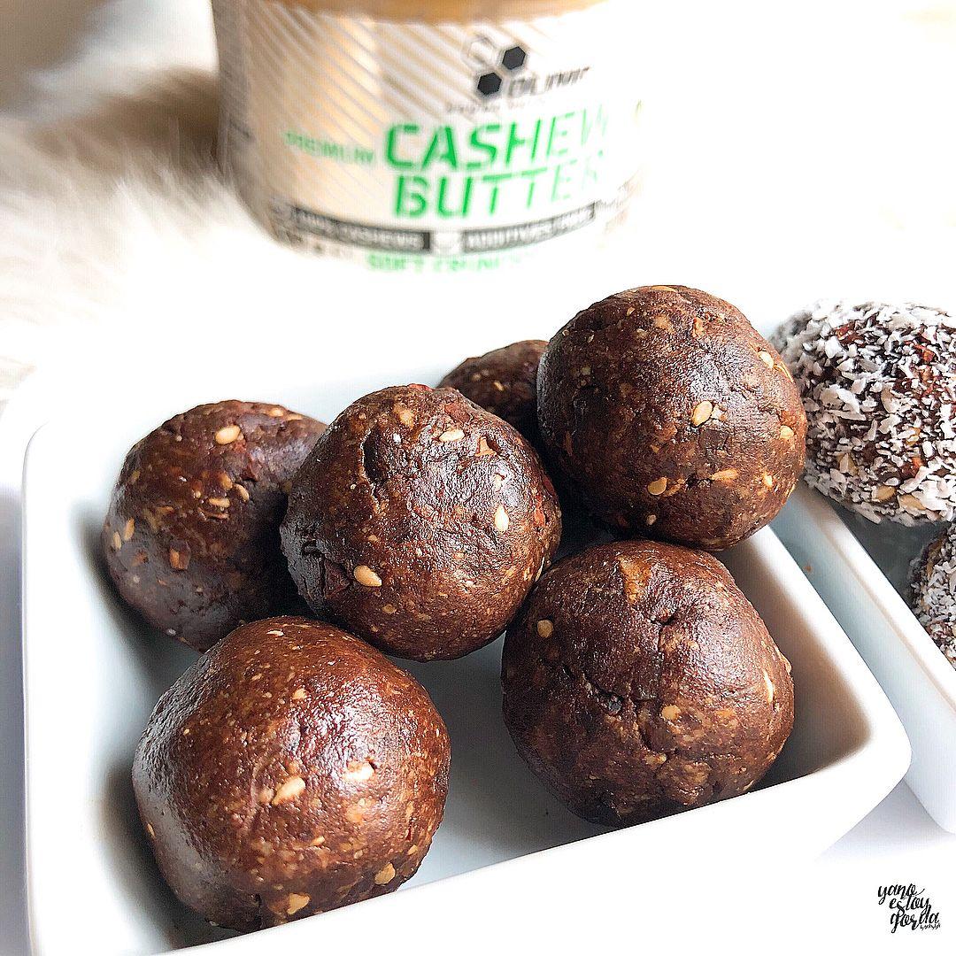 Bolitas veganas de anacardos y cacao