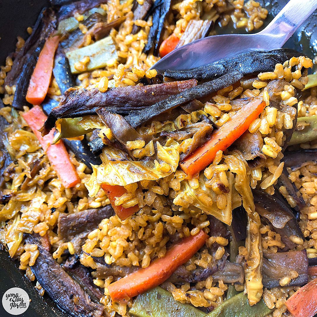 Arroz integral al curry con verduras