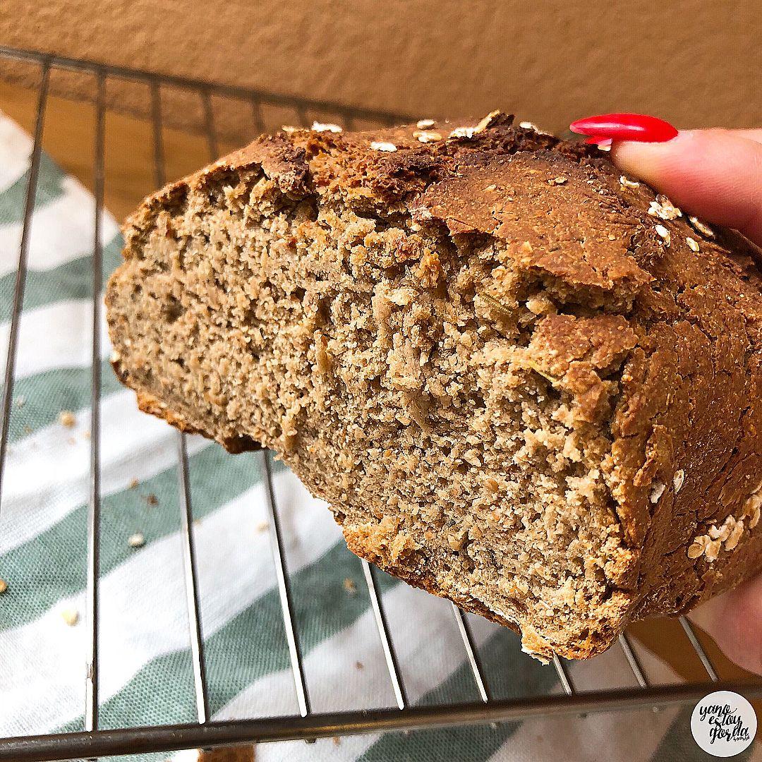 Pan de avena y espelta integral con hierbas provenzales