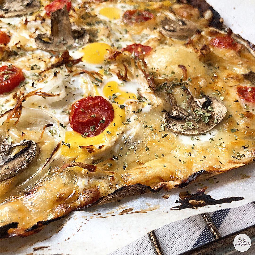 Berenjepizza con verduras y pollo