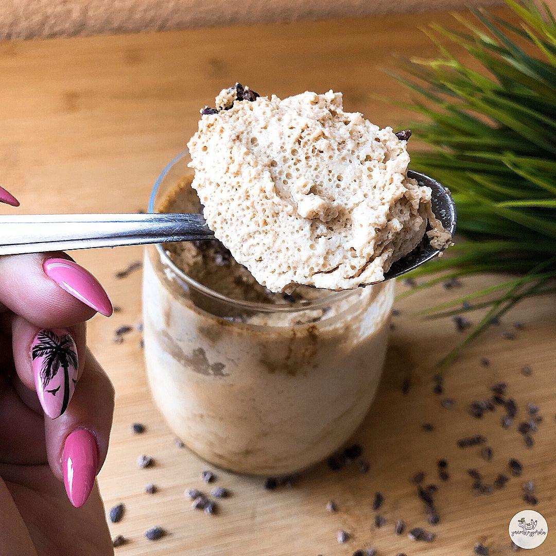 Mousse de café con cacao puro