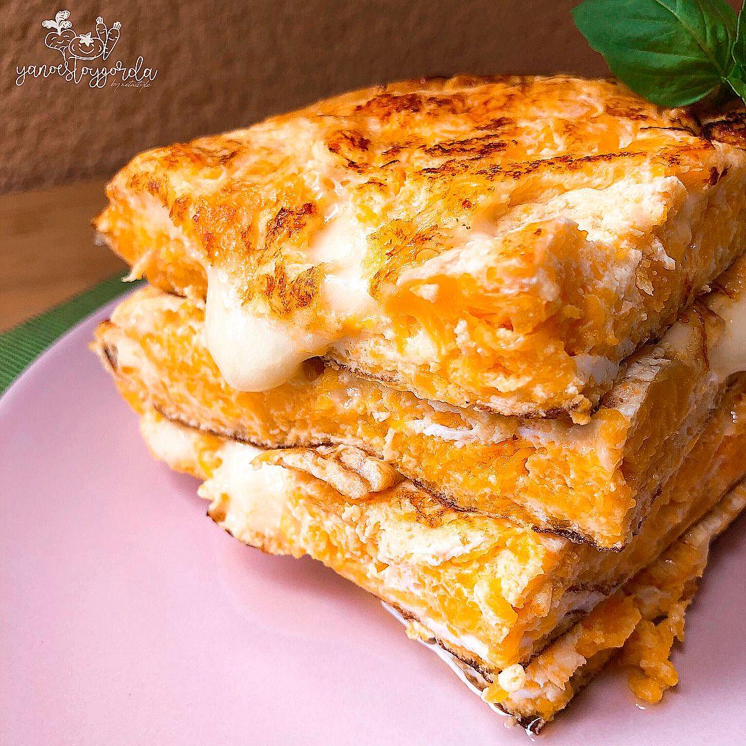 Tortilla de calabaza con queso