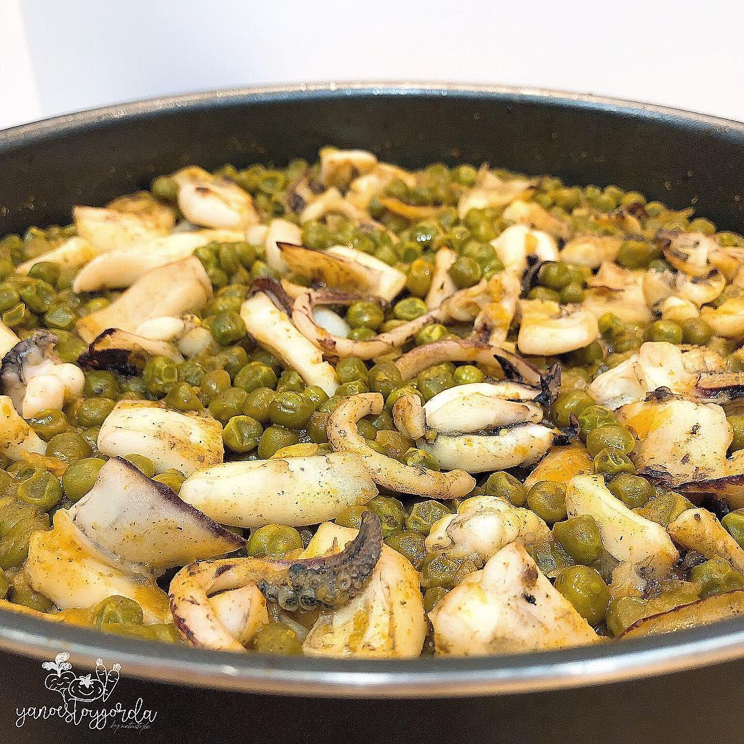 Guisantes al curry con sepia