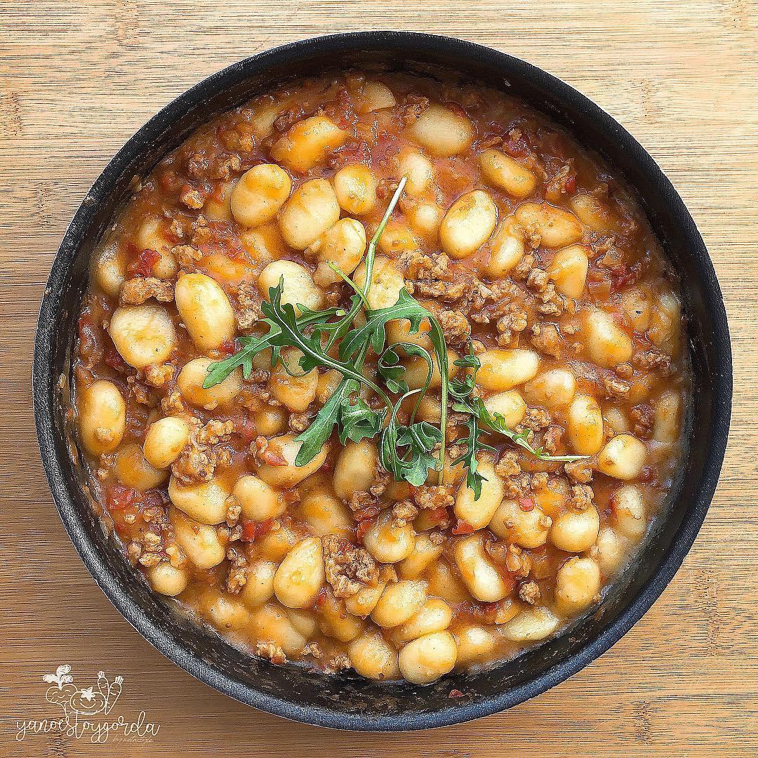 Gnocchis integrales con boloñesa vegana