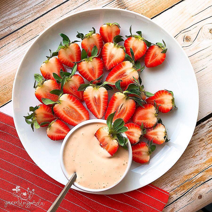 Fresas con proteína sabor galleta