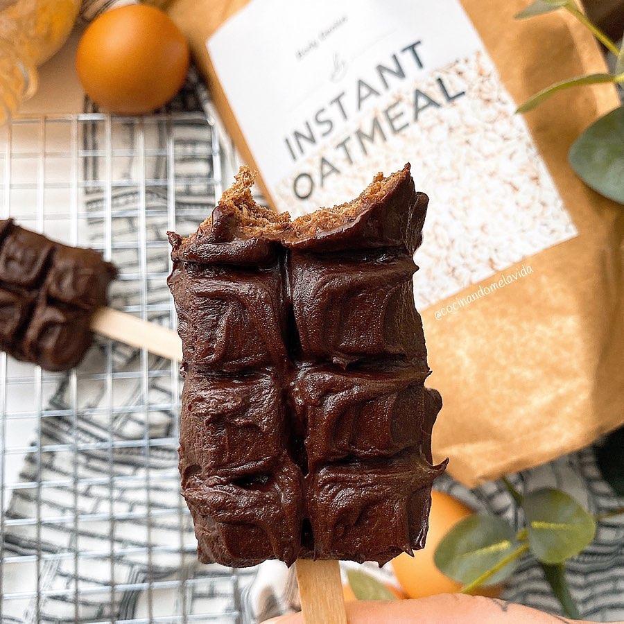 BIZCOCHOS DE CHOCOLATE CON AVELLANAS