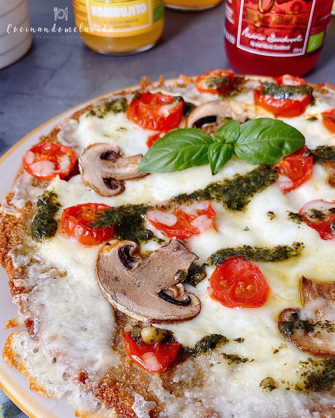PIZZA CON BASE DE QUINOA