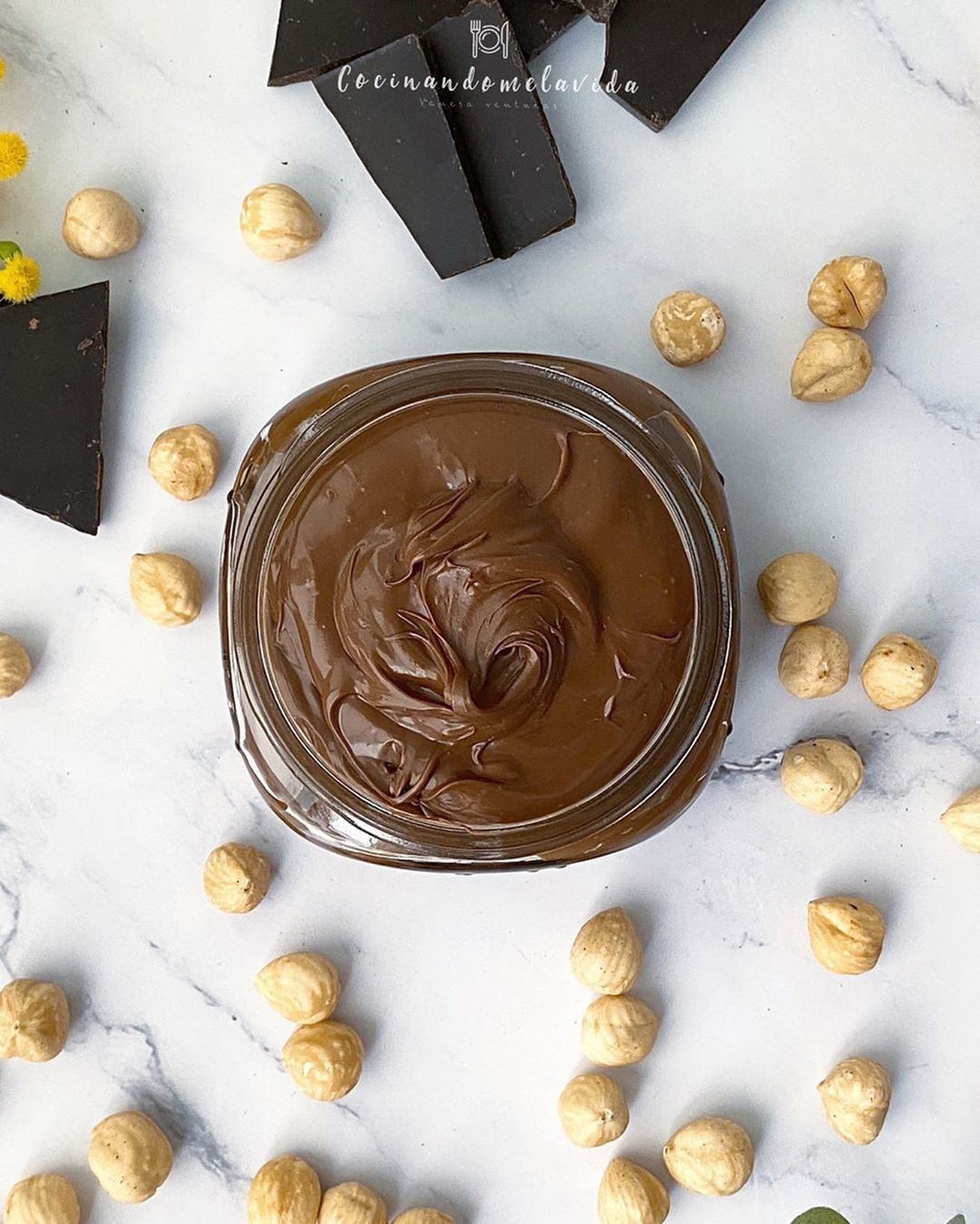 CREMA DE AVELLANAS Y CHOCOLATE SALUDABLE