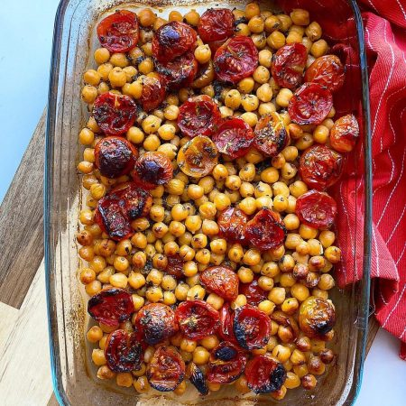 GARBANZOS AL HORNO CON TOMATITOS CHERRY